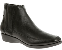 Sharla in black by Hush Puppies