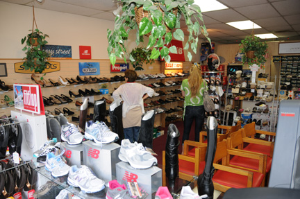 View Comfort Wide Shoe Store